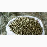 Гранулированное сено люцерны в мешках (30кг) с доставкой в Запорожье