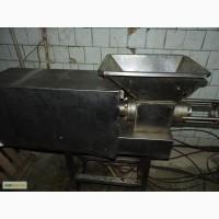 Продам пресс механичской обвалки птицы Уникон 400