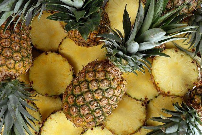 Продам ананасы из Испании оптом, Киев