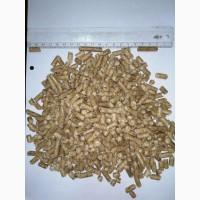 Топливная гранула из сосновой стружки и пеллет из древесины