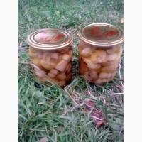 Продам білі мариновані гриби