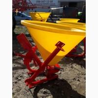 Тракторний навісний розкидач на 300 кг фірми Jar-Met Польща