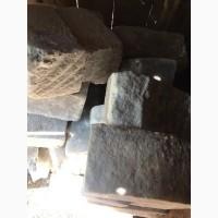 Продам плотную каменную соль в блоках (лизун)