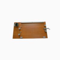 Доска для натяжки проволоки пчелиных рамок