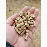 Органическая мульча из соломы в гранулах