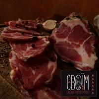 Шия сиров#039;ялена свинна