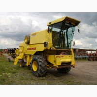 Комбайн NEW HOLLAND 8050