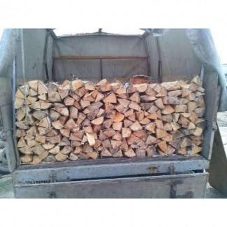 Дрова плотно уложены с доставкой Володарка Киеву и Киевской области