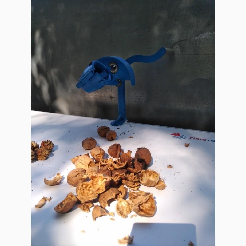 Фото 11. Орехокол стальной полупромышленный(прибор для чистки орехов)