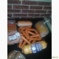 Корм для животных - колбаса, творог, хлеб