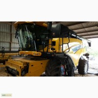 Комбайн New Holland CR 9090