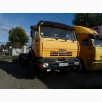 Продам полноприводный седельный тягач 6х6 с фаркопом и лебедкой на базе КамАЗ-65111